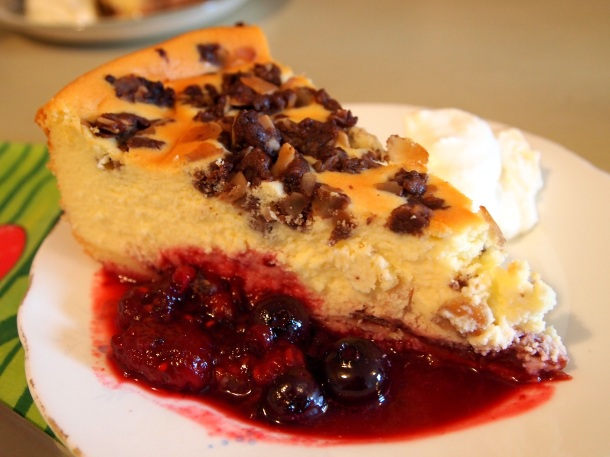 Hmmm...cheesecakeee..